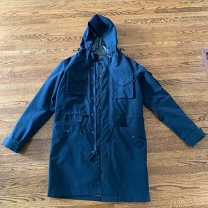 Alpha Industries men's ☔️ rain coat in Large